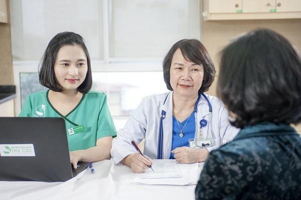 Khám sàng lọc ung thư định kì luôn được các bác sĩ khuyến khích