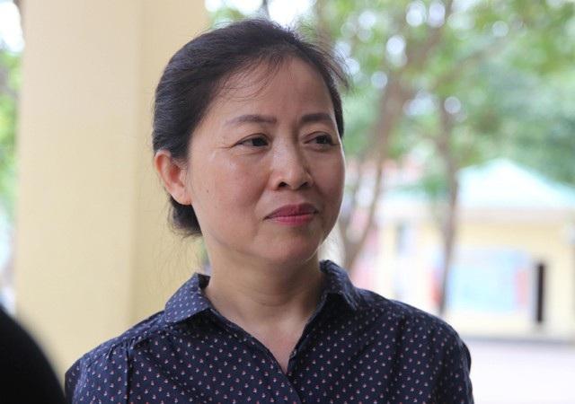 Y sỹ Nguyễn Thị Thanh Vân là thí sinh nhiều tuổi nhất tại điểm thi Trường THPT Lê Viết Thuật (TP Vinh, Nghệ An) Kỳ thi THPT quốc gia 2018