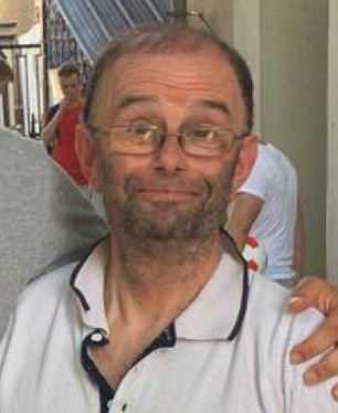 Douglas Moreton đã đi hơn 3.200km để đến Nga nhưng lại bỏ lỡ trận thắng lịch sử của đội nhà vì để quên vé