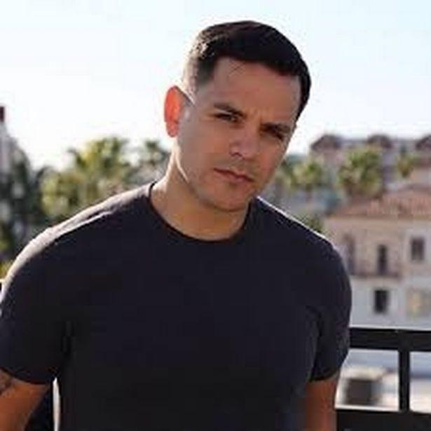 Nam diễn viên người Sacramento đã học diễn xuất tại Nhà hát The River và có vai diễn đầu tiên vào năm 2011.