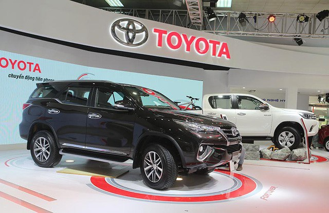 Toyota Fortuner sẽ trở lại vào tháng 8, giá từ 1,026 tỉ đồng - 1