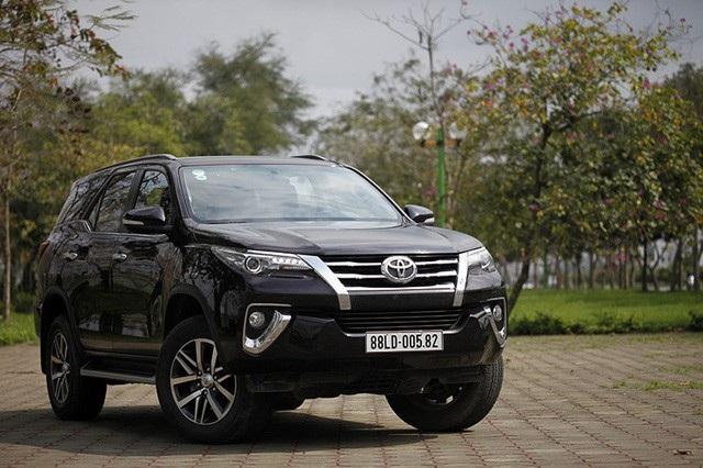 Toyota Fortuner sẽ trở lại vào tháng 8, giá từ 1,026 tỉ đồng - 2