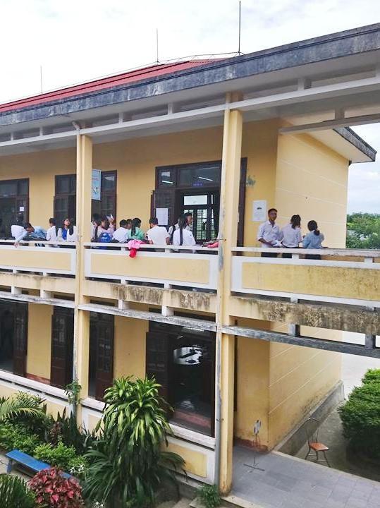Điểm thi trường Tiểu học Kim Đồng tại huyện miền núi A Lưới, tỉnh Thừa Thiên Huế có rất nhiều thí sinh lớn tuổi.