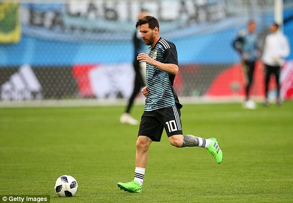 Argentina 2-1 Nigeria: Messi, Rojo chói sáng - 26