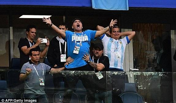 Argentina 2-1 Nigeria: Messi, Rojo chói sáng - 14