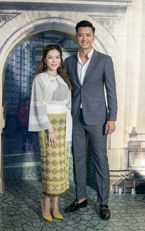 Anh trở về sau chuyến đi Hà Nội tham gia bình luận World Cup nhận được nhiều khen ngợi