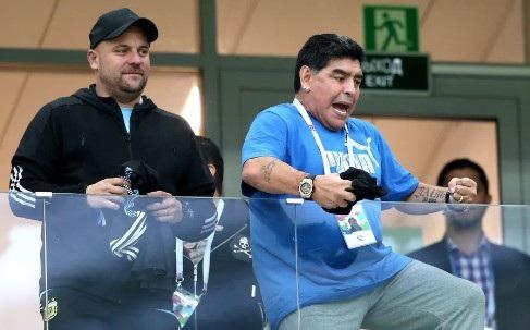 Khoảnh khắc cuồng nhiệt của Maradona