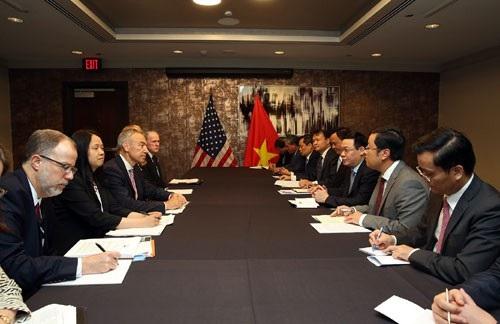 Phó Thủ tướng Vương Đình Huệ đã có cuộc gặp với Thứ trưởng thứ nhất Bộ Nông nghiệp Stephen Censky