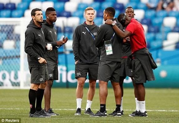 Các cầu thủ Thụy Sỹ sẵn sàng cho cuộc đấu với Costa Rica