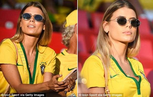 Carol Cabrino là một ca sĩ khá nổi tiếng tại Brazil.