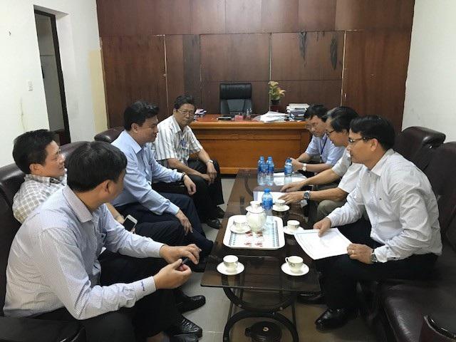 Báo cáo đoàn công tác của Bộ, Ban chấm thi tại Đà Nẵng cho biết đã đặc biệt phổ biến, hướng dẫn cán bộ chấm thi môn Ngữ Văn theo quy định
