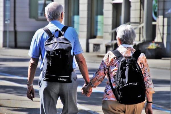 Đi bộ với tốc độ nhanh có thể tăng tuổi thọ - 1