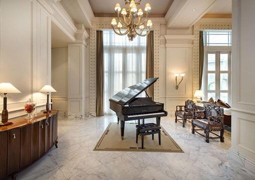 Phòng tổng thống của khách sạn có diện tích khoảng 200m2. (Ảnh: Finance Twitter)