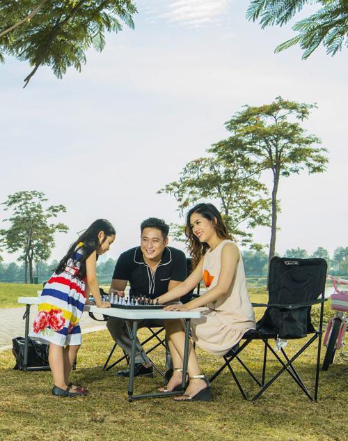 Gia đình hạnh phúc của diễn viên Minh Tiệp.