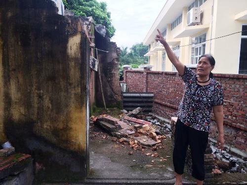 Bà Đặng Thị Bảnh bức xúc khi chưa được giải quyết thỏa đáng sau khi bị UBND TP Hạ Long thu hồi đất.