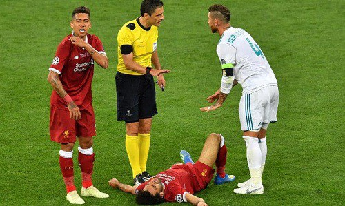 Ramos khiến Salah suýt nữa lỗi hẹn với World Cup 2018
