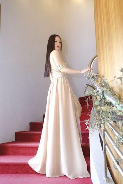 Đây là bước đi tiếp theo của Hoàng Hải Thu sau khi kết thúc Hoa hậu Hoàn vũ Việt Nam 2018.