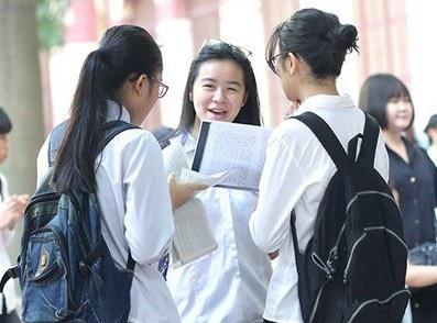 Đề thi Ngữ văn vào lớp 10 THPT của Hà Nội được đánh giá đơn giản.