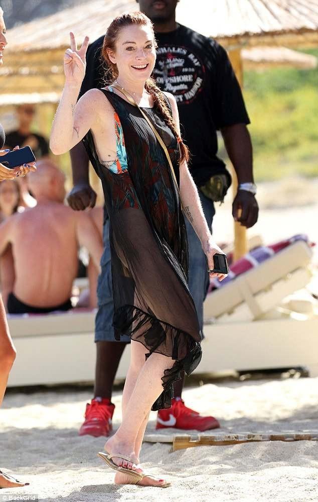 "Lindsay Lohan tái xuất sau một thời gian ""ở ẩn"" - 14"
