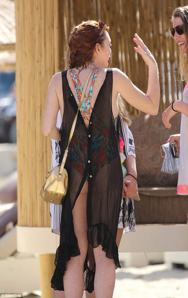 "Lindsay Lohan tái xuất sau một thời gian ""ở ẩn"" - 11"