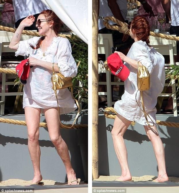 Lindsay Lohan chuyển tới Anh sống trong gần 3 năm trước khi chuyển tới Dubai sinh sống vào cuối năm 2016 và hiện tại cô đang ở Hy Lạp.