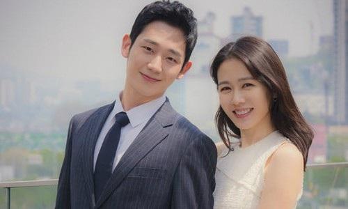 Sau khi phim phát sóng, cặp đôi chị em Jung Hae In - Son Ye Jin còn được xem là cặp đôi mới đẹp như vợ chồng Song Joong Ki - Song Hye Kyo.
