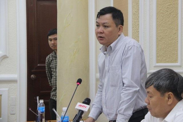 Phó Giám đốc Trung tâm điều hành chương trình chống ngập TPHCM Nguyễn Hoàng Anh Dũng cho biết thành phố còn nhiều tuyến đường ngập nặng