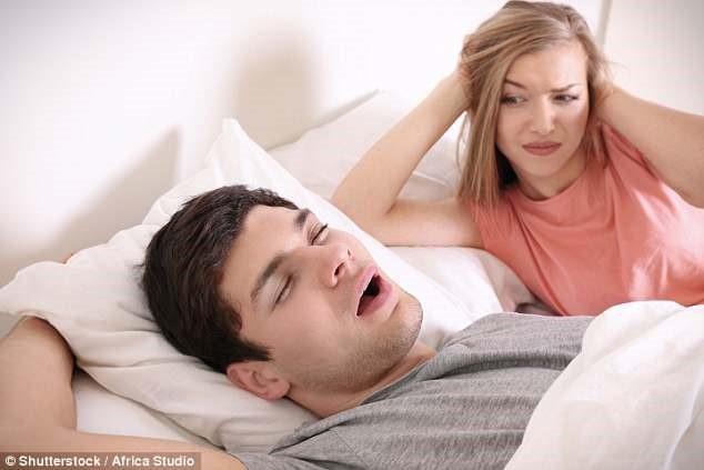 Ngáy to có thể là dấu hiệu sớm của sa sút trí tuệ, rối loạn trí nhớ - 1