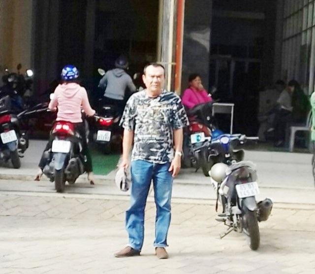 Ông Trần Văn Hùng tại TAND quận Ninh Kiều, TP Cần Thơ.