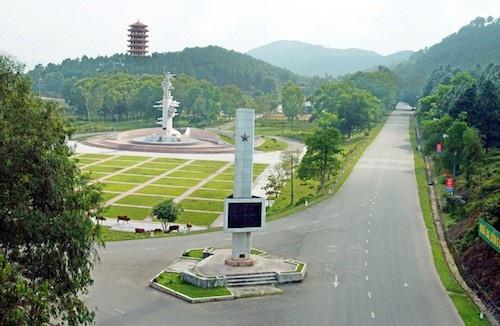 Thị trấn Đồng Lộc được thành lập có khu di tích lịch sử cấp quốc gia đặc biệt Ngã ba Đồng Lộc trên đường Hồ Chí Minh huyền thoại