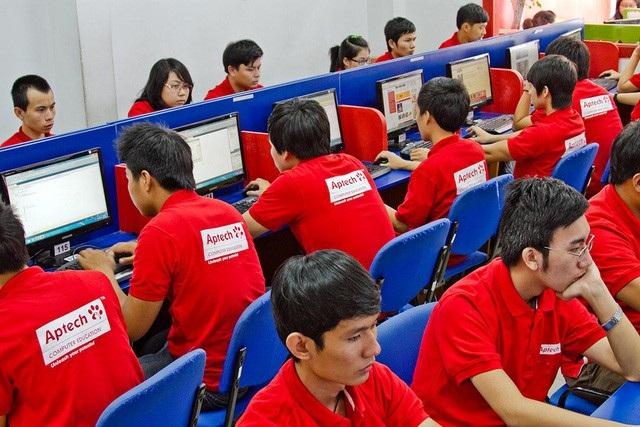 """Aptech Việt Nam – """"lò luyện lập trình viên"""" theo """"đơn đặt hàng doanh nghiệp"""""""