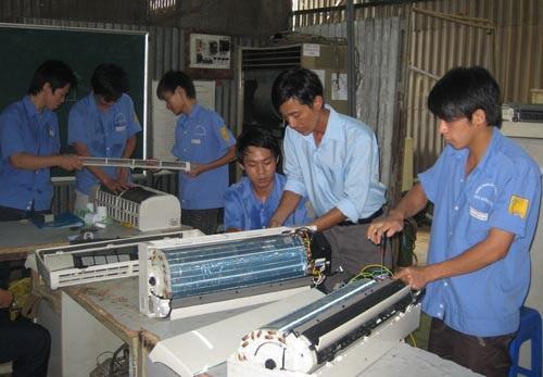 Người lao động qua đào tạo, có tay nghề sẽ được ưu tiên tuyển dụng trong thời gian tới