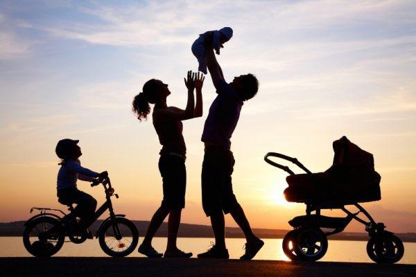 Để hạnh phúc bền lâu, gia đình cần nhiều hơn sự ấm êm.