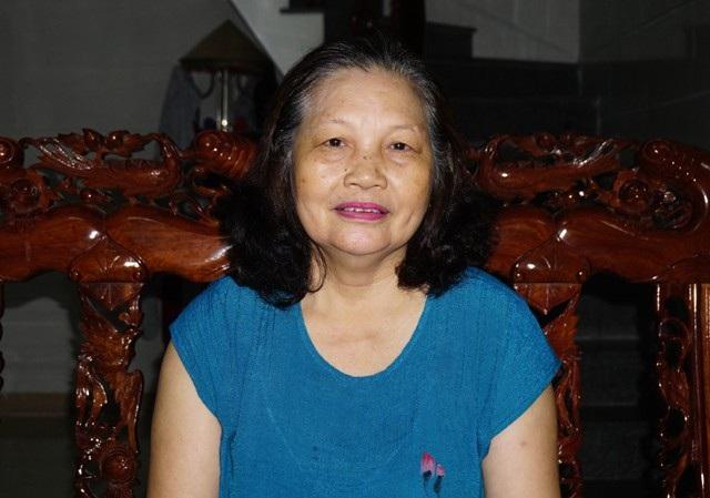 Bà Vũ Thị Liên - nguyên nhân viên trực tổng đài đảm bảo thông tin liên lạc của Đội 25