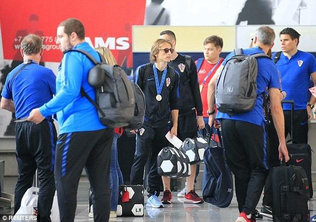 Đội tuyển Croatia đã có mặt ở sân bay quốc tế Vnukovo (Mosccow) để chuẩn bị về thủ đô Zagreb