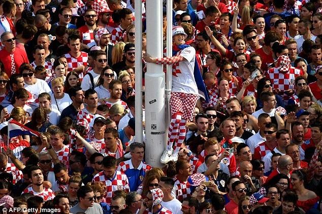 Những người hùng Croatia được chào đón như nhà vô địch - 7