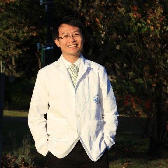 TS.BS Phạm Nguyên Quý (Khoa Nội khoa-Ung thư, BV Đại học Kyoto, Nhật Bản)