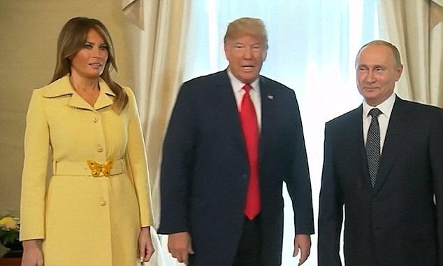 Biểu cảm lạ của bà Melania Trump (Ảnh: Dailymail)