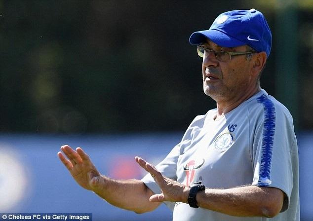 Tân huấn luyện viên Maurizio Sarri đã có vài buổi tập cùng các cầu thủ Chelsea trước khi tiến hành đi du đấu