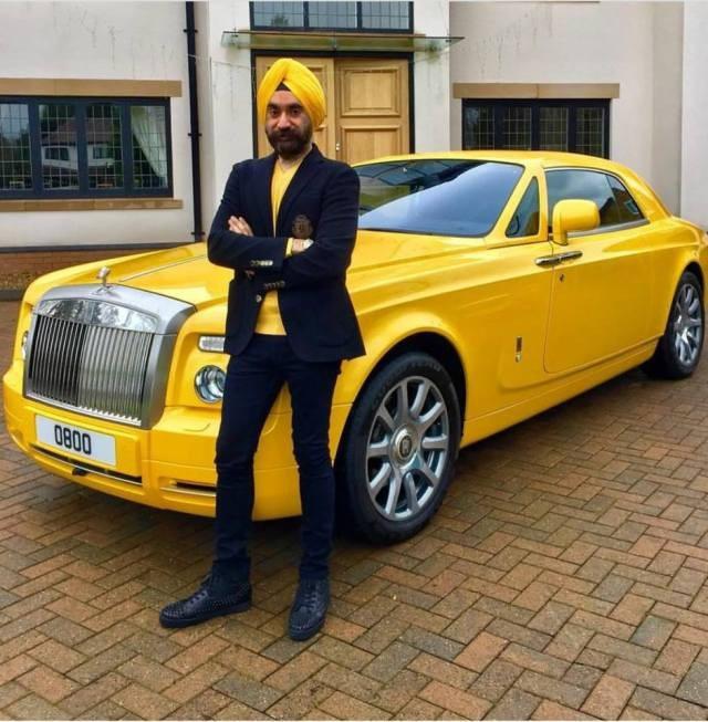 Đại gia Anh gốc Ấn chơi xe Rolls-Royce tiệp màu khăn quấn đầu - 6