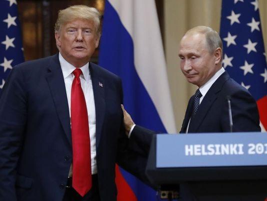 Tổng thống Trump và Tổng thống Putin gặp mặt tại Helsinki (Ảnh: AFP)