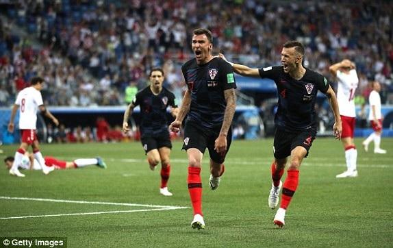 Croatia ngay lập tức có bàn thắng gỡ hòa