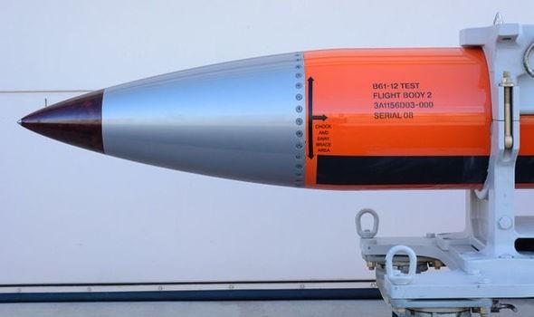 Bom hạt nhân B61-12 (Ảnh: Reveal)