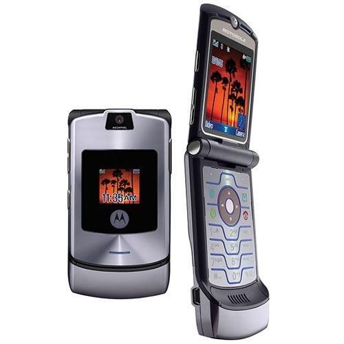 Motorola Razr V3 (130 triệu bản)