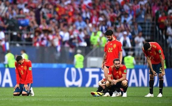 Vượt trội về những con số thống kê, nhưng ĐT Tây Ban Nha phải dừng bước ở vòng 16 đội khi để thua chủ nhà Nga trong loạt sút penalty. Ảnh: Getty Images