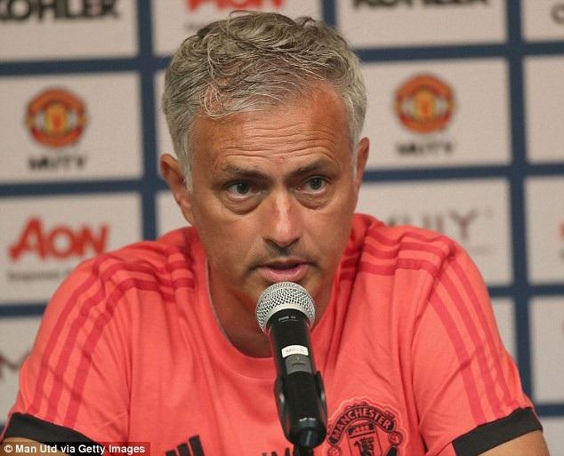 HLV Mourinho thừa nhận MU có thể thua tơi tả ở giai đoạn chuẩn bị cho mùa giải mới
