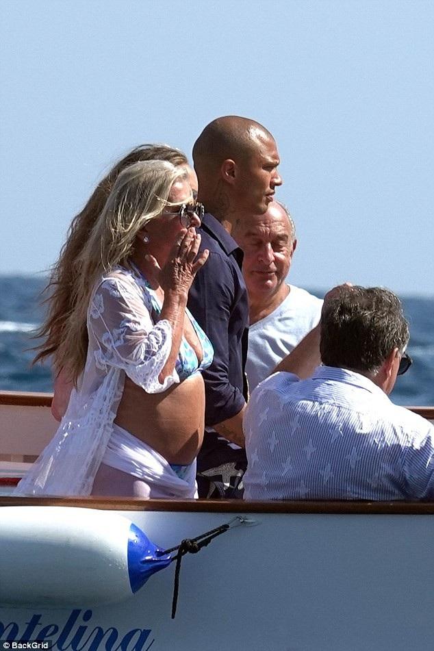Jeremy Meeks rất thân thiết với gia đình bạn gái giàu có của mình.