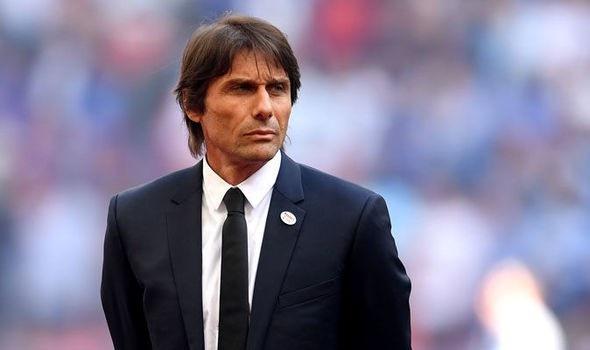 HLV Conte đang tính kiện CLB Chelsea vì sa thải quá muộn