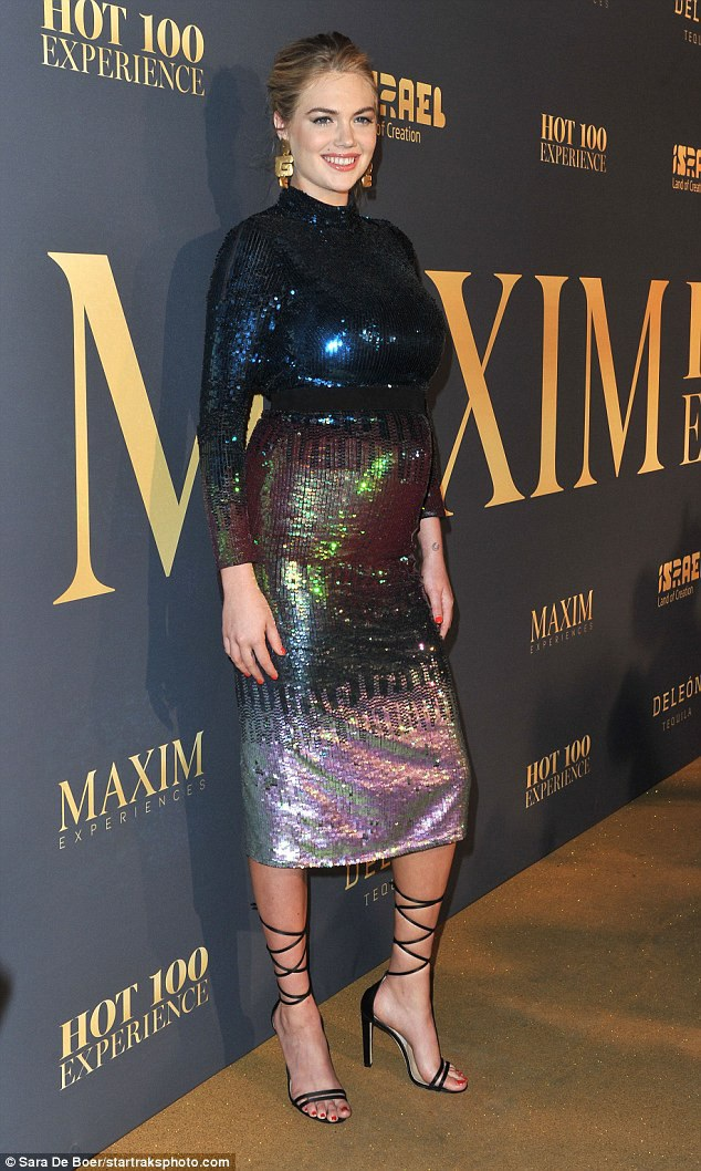 Siêu mẫu Mỹ Kate Upton rạng rỡ dự tiệc do tạp chí Maxim tổ chức tại Los Angeles, California, Mỹ ngày 21/7 vừa qua
