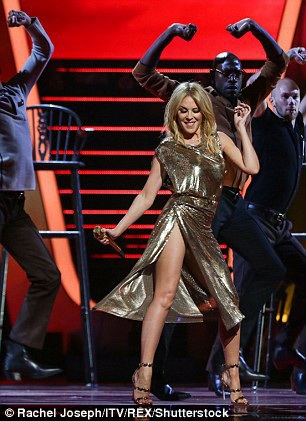 Kylie Minogue chưa từng kết hôn hay sinh con